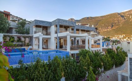Luxury Five Bedroom Villa in Kalkan, Ortaalan