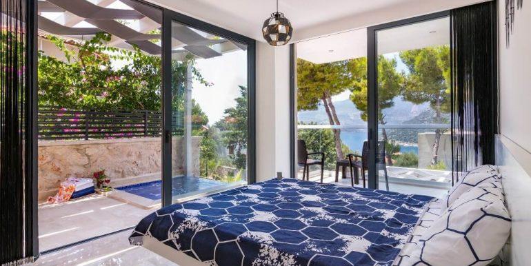 29-First Floor Double Bedroom_1024x683