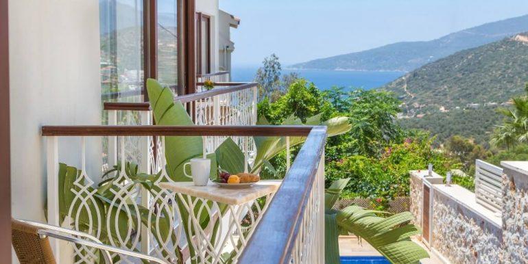 30-Balcony_1024x683