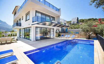 Four Bedroom Villa For Sale in Kalkan Kalamar Area