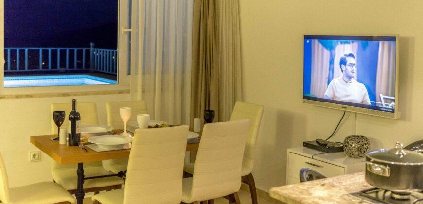 Luxury Three Bedroom Dublex Apartment in Kalkan for Sale