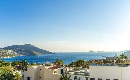 Luxury Three Bedroom Dublex Apartment in Kalkan for Sale