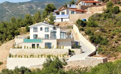 Luxury Seven Bedroom Villa in Kalkan-Sarıbelen for sale