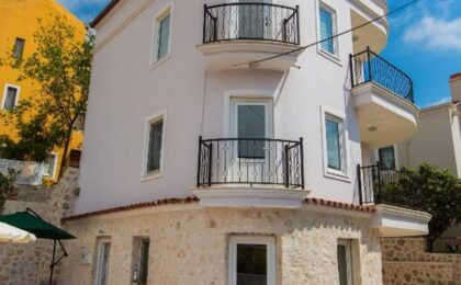 Four Bedroom sea view Villa in Kalkan Center for sale